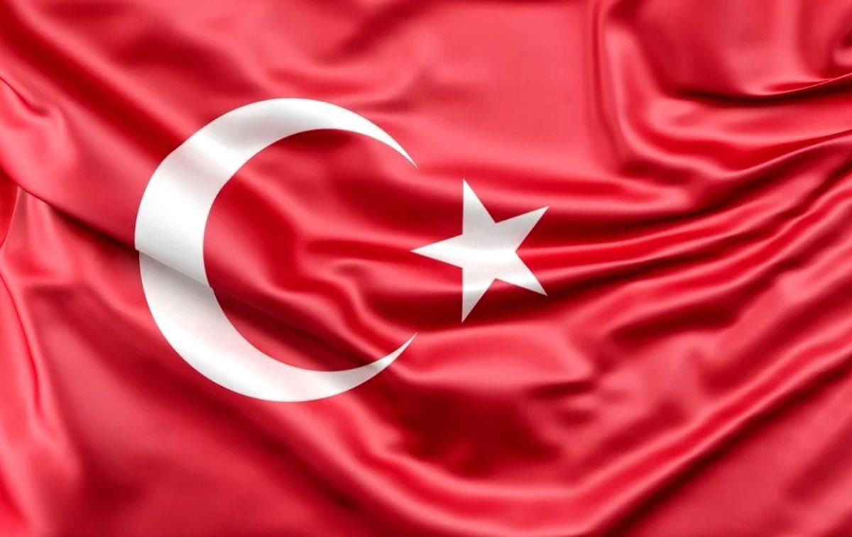 Bitlis'te askeri  helikopter düştü, 11 şehit
