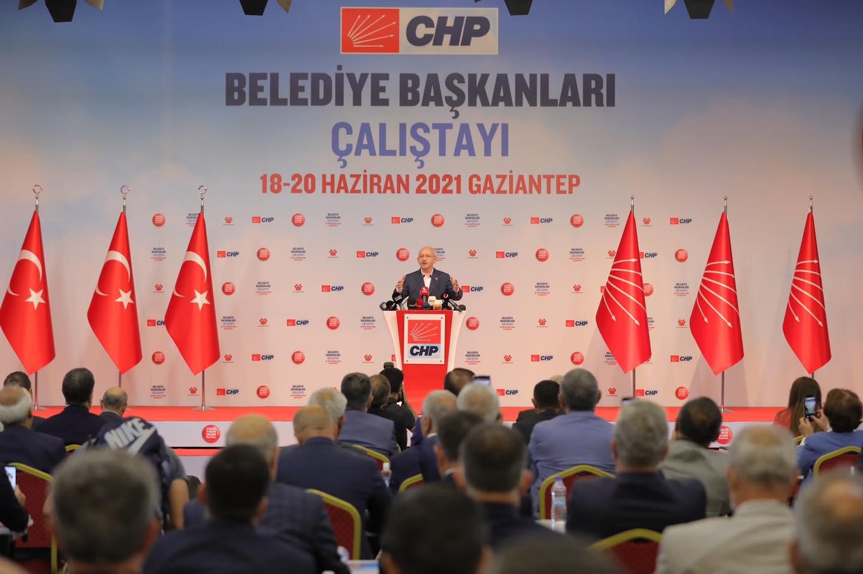 CHP Genel Başkanı Kılıçdaroğlu : Parti içinde Birbiriyle kavga eden ve birbirini yiyenleri kapının önüne koyacağım