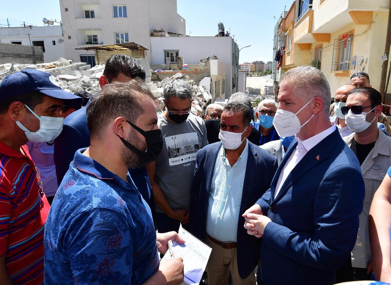 Şahinbey Belediyesi Çağdaş Mahallesinde 5 katlı inşaat halindeki bir binanın çökmesiyle ilgili basın açıklaması yaptı